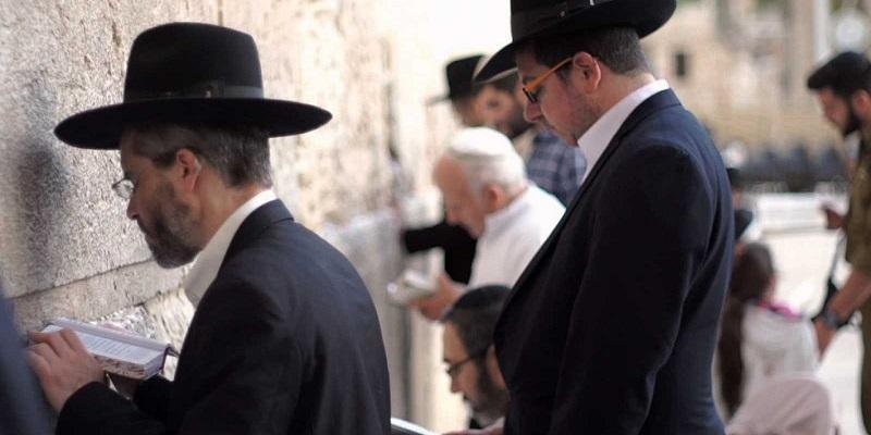 De judío a cristiano evangélico, y treinta y dos años después, católico