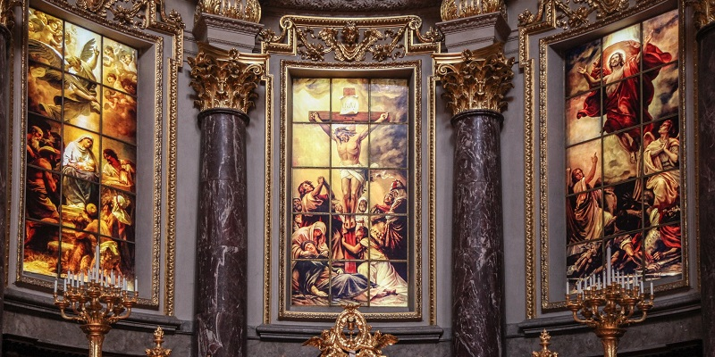 Extractos de un interesante diálogo sobre la veneración de María y los santos.