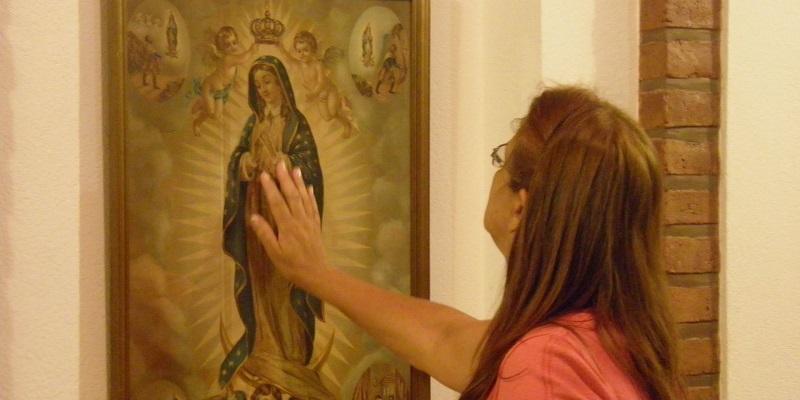 ¿Porqué los católicos Veneran las Imágenes?