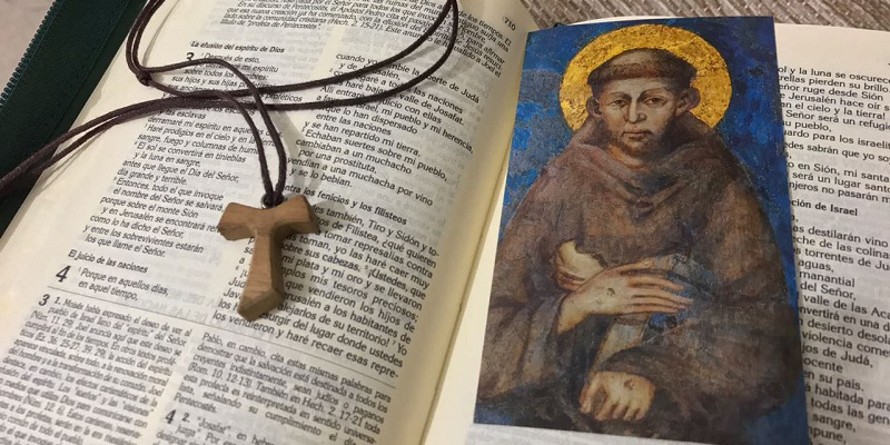 ¿Encontramos fundamento bíblico para dar gloria y alabanza a María y a los santos?