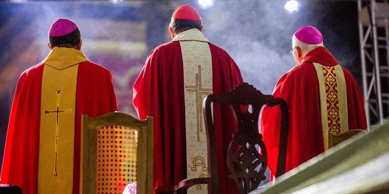 Como responder a las acusasiones de inmoralidad contra la Iglesia